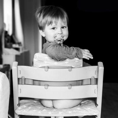 Shooting photo bébé chaise haute